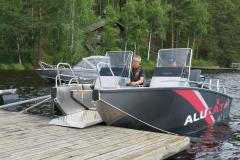 W8-SC-at-dock
