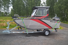 W8-CABIN2-on-trailer